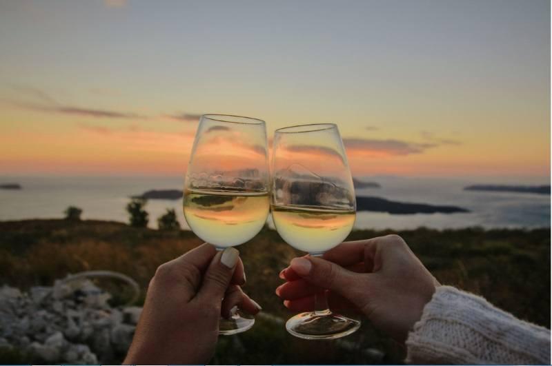 santorini wine tasting tours